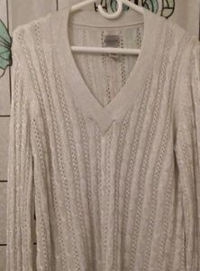 CHICOS 3 Silver Metallic V-Neck Sweatet Like New